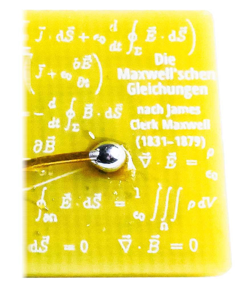 Kleiner Ausschnitt der Rückseite der Platine im Hamoni® Harmonisierer Mobil